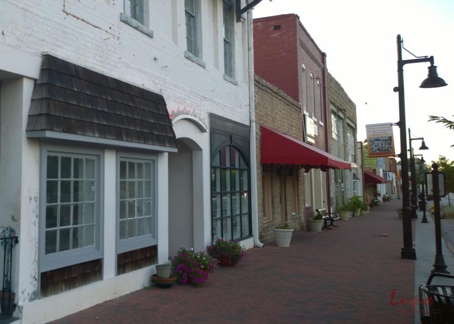 Main Street, Stone Mountain, 6 September 2014